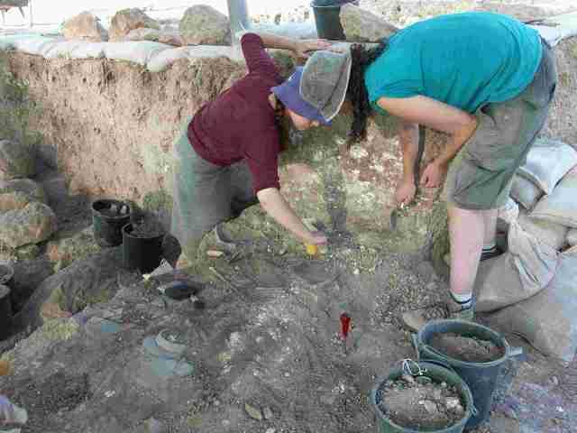 rona digging with marshalltown.JPG