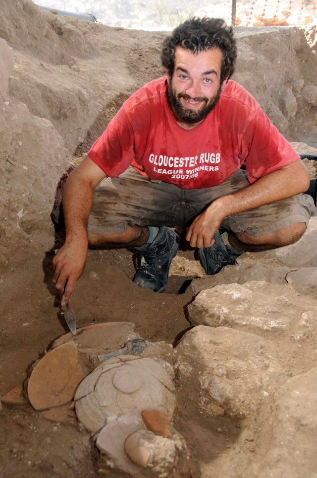 Michael Joyce excavating LB deposit in P 2012