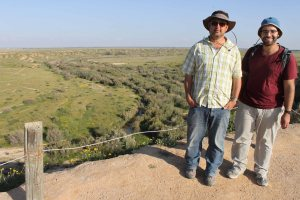 visit to Farah south_Amit and Omri overlooking Besor river with water